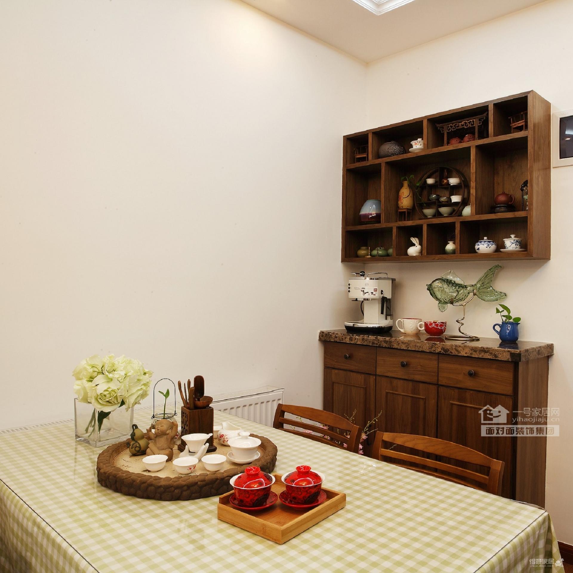 保利心语68平新中式客厅餐厅装修实拍图
