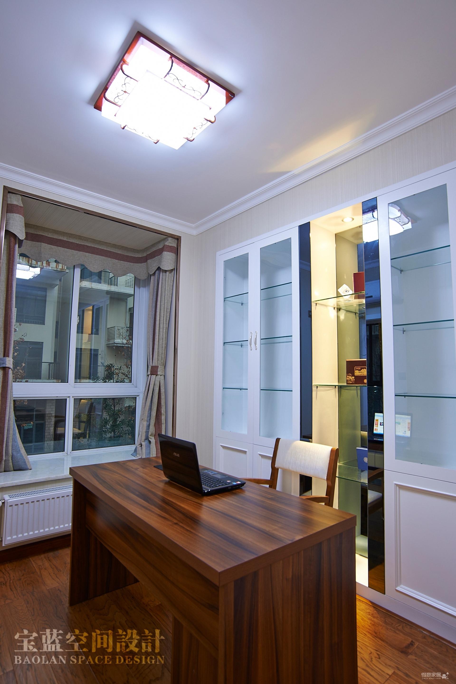 三层别墅-欧式风格-高端大气装修效果图_得意家居装修