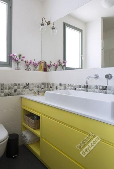 组-淡黄色的洗手台
