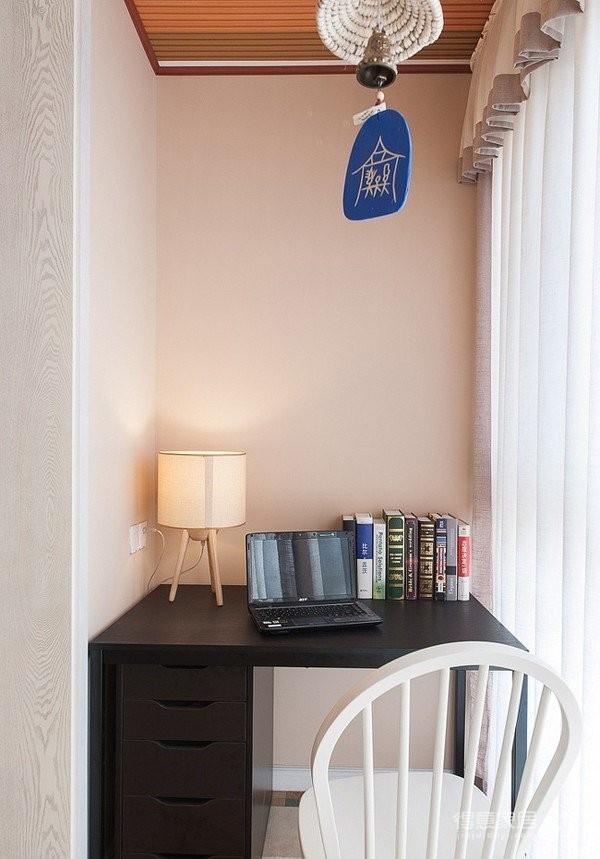 阳台打柜子改造成小书房装修效果图_得意家居装修图库