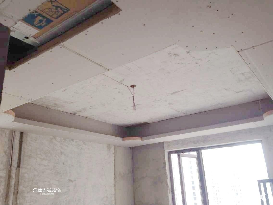吊顶和打柜子现场施工照片