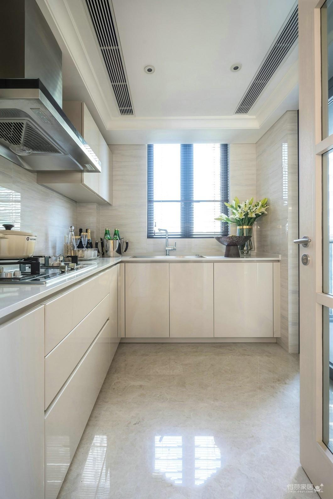 【国际百纳】160平四居室混搭欧式风装修效果图_得意