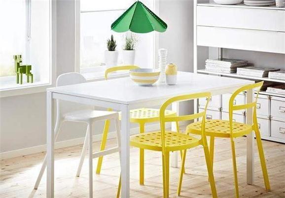 柠檬黄,撑起家的明艳担当