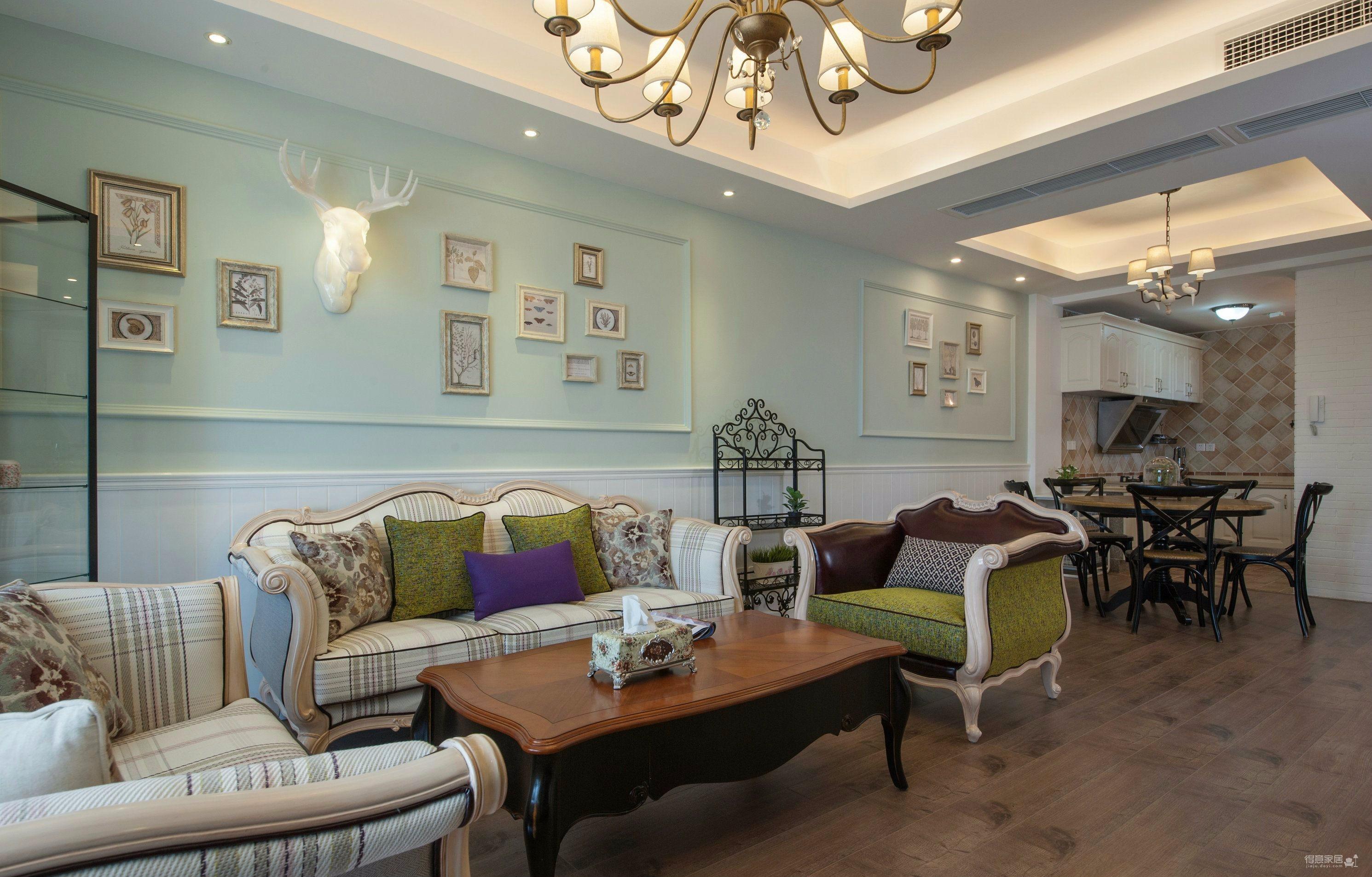 东方轻奢小美式居家风格装修效果图_得意家居装修图库